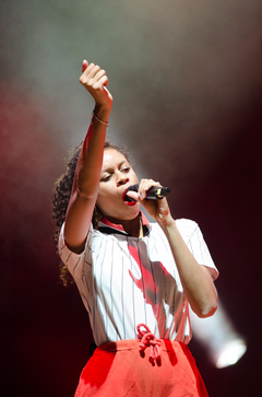 AlunaGeorge's most popular song, on which she collaborated with DJ Snake, is called,
